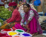 Colors at the market (1)